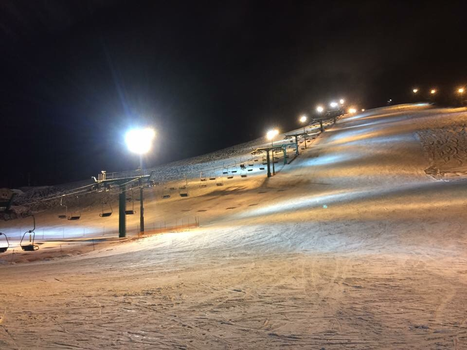 ぴっぷスキー場ナイターゲレンデ