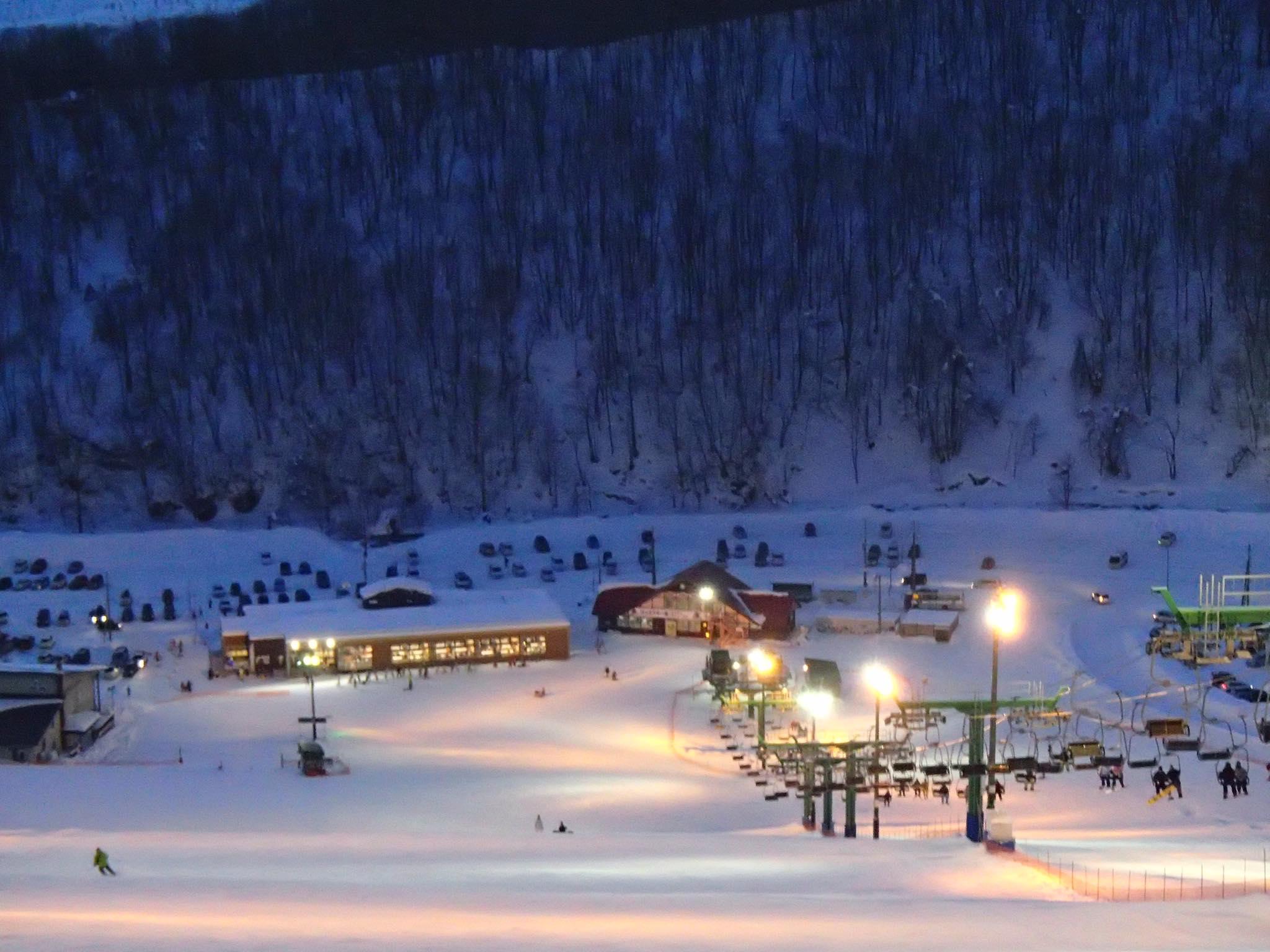 ぴっぷスキー場斜面から見た「スキップ」等